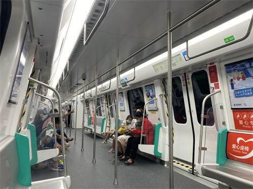 (科普)深圳地铁10号线车型介绍_WWW.XUNWANGBA.COM
