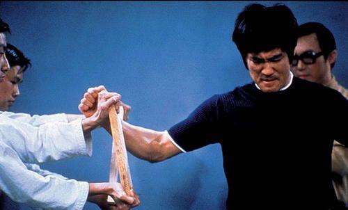泰森的重拳力量是400磅 别再吹他重拳力量有800公斤了_WWW.XUNWANGBA.COM