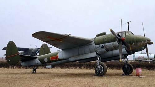 共和国功臣 轰5轻型轰炸机_WWW.XUNWANGBA.COM
