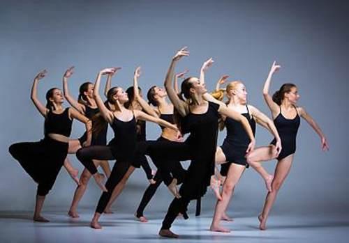 舞蹈教练证好考吗哪里可以考取?2021年报考舞蹈教师证书需要多少钱_WWW.XUNWANGBA.COM