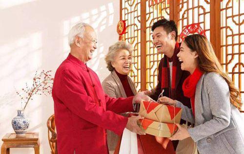 元宵节和春节哪个在前面 元宵节和春节哪个先过_WWW.XUNWANGBA.COM