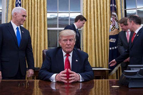 特朗普砸办公室 特朗普砸办公室是真的吗 特朗普砸白宫_WWW.XUNWANGBA.COM