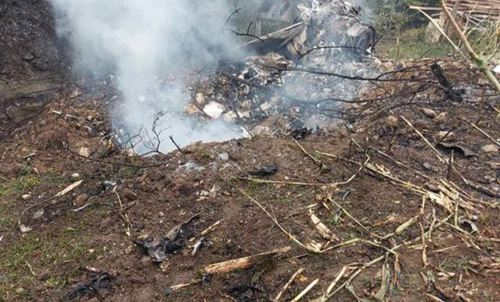 塞尔维亚一架军用飞机坠毁 一架军用飞机在塞尔维亚洛兹尼察附近坠毁_WWW.XUNWANGBA.COM