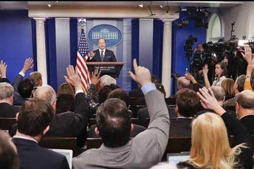 福克斯掐断白宫发布会直播 白宫发布会直播哪里看_WWW.XUNWANGBA.COM