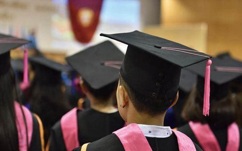 去美国留学安全吗 去美国留学生会少吗 去美国读硕士的人多吗_WWW.XUNWANGBA.COM