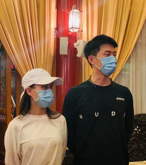 窦骁带何超莲回西安老家 窦骁何超莲结婚日期定了吗_WWW.XUNWANGBA.COM
