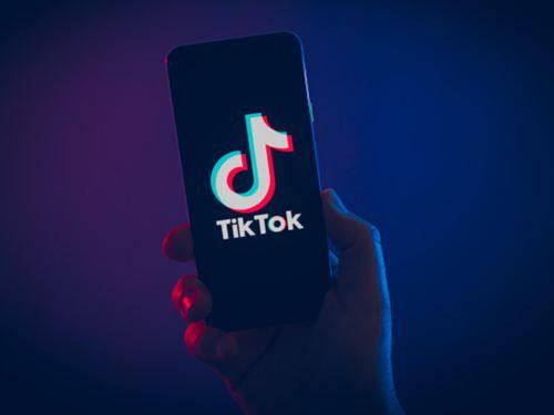 外交部称TikTok在美遭遇围猎 外交部称抖音遭围猎_WWW.XUNWANGBA.COM