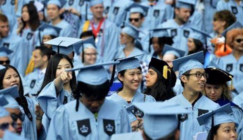 拜登大胜对留学生影响 拜登特朗普谁对留学生更有利_WWW.XUNWANGBA.COM
