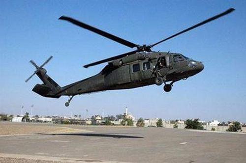 一架黑鹰直升机在埃及坠毁_WWW.XUNWANGBA.COM