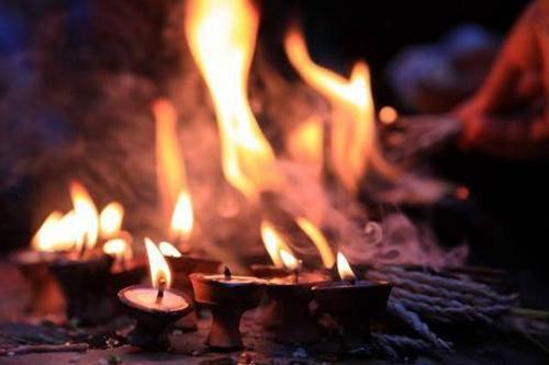 十月一送寒衣可以提前烧吗 十月一送寒衣是指哪天_WWW.XUNWANGBA.COM
