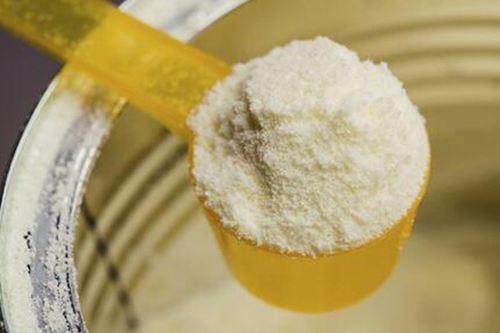 出问题的奶粉有哪些牌子 央视曝光的毒奶粉名单_WWW.XUNWANGBA.COM