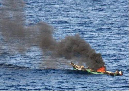海盗袭击中国籍船员有人受伤 海盗被抓住了吗什么来路_WWW.XUNWANGBA.COM