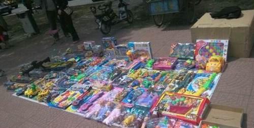 地摊卖玩具有前景吗_WWW.XUNWANGBA.COM