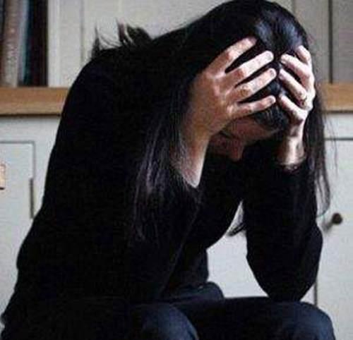 如何帮助抑郁症患者走出内心障碍 如何帮助抑郁症的朋友_WWW.XUNWANGBA.COM