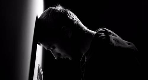 抑郁症患者最需要什么 抑郁症患者需要什么样的人陪伴_WWW.XUNWANGBA.COM
