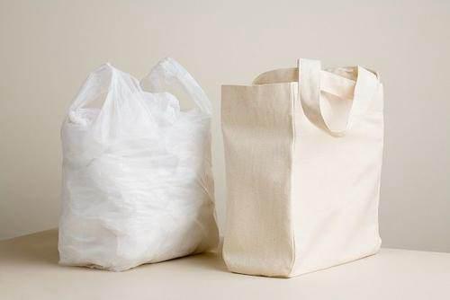 日本研发出可在海水中降解塑料袋_WWW.XUNWANGBA.COM