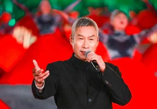 刘佩琦与神秘美女同回酒店 刘佩琦与美女回酒店_WWW.XUNWANGBA.COM